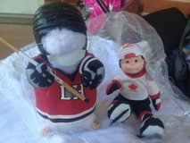 hockey player dancer/dolls in Eglin AFB, Florida