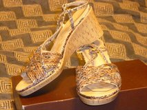Aerosoles snake print wedge sandals 8 M in Fort Bragg, North Carolina